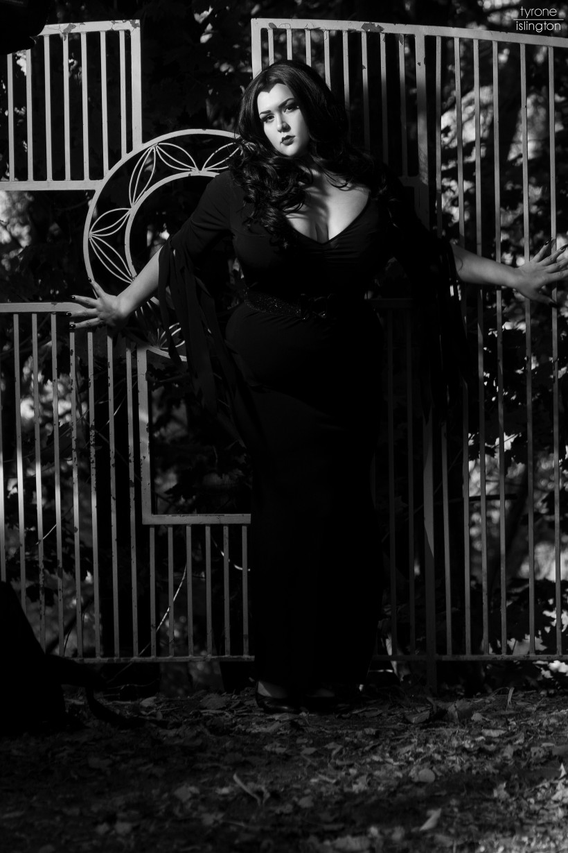 Model: Dolly Monroe Tyrone islington Photography©, 2016 All Rights Reserved