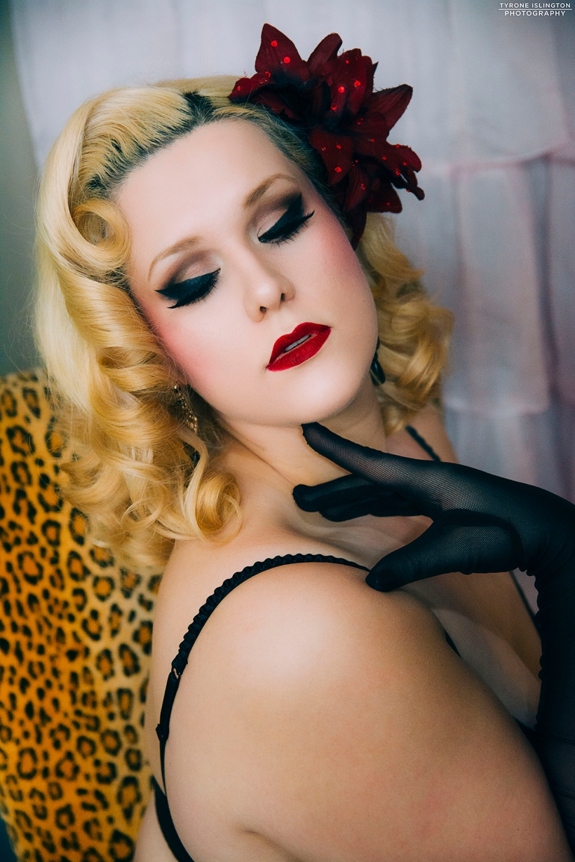 Model/MUA: Dolly Monroe Tyrone islington Photography© 2018 All Rights Reserved